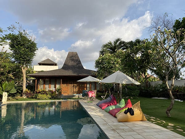 Digital nomads can work next to the pool in Bali